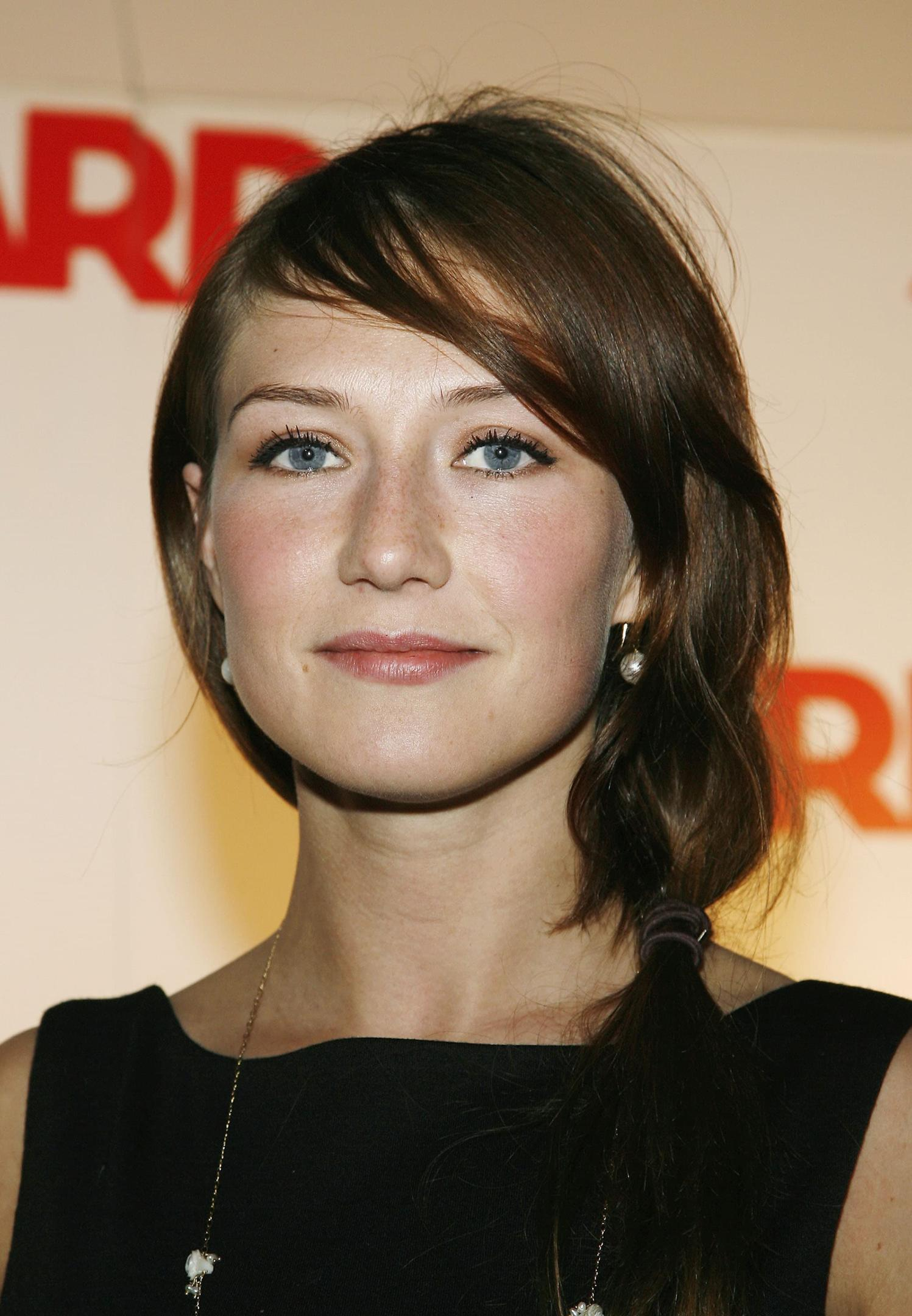Carice Van Houten Before And After Plastic Surgery photo - 1