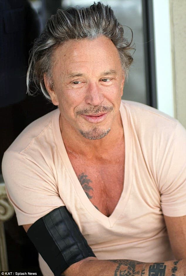 Mickey Rourke After Boxing Before Plastic Surgery 1