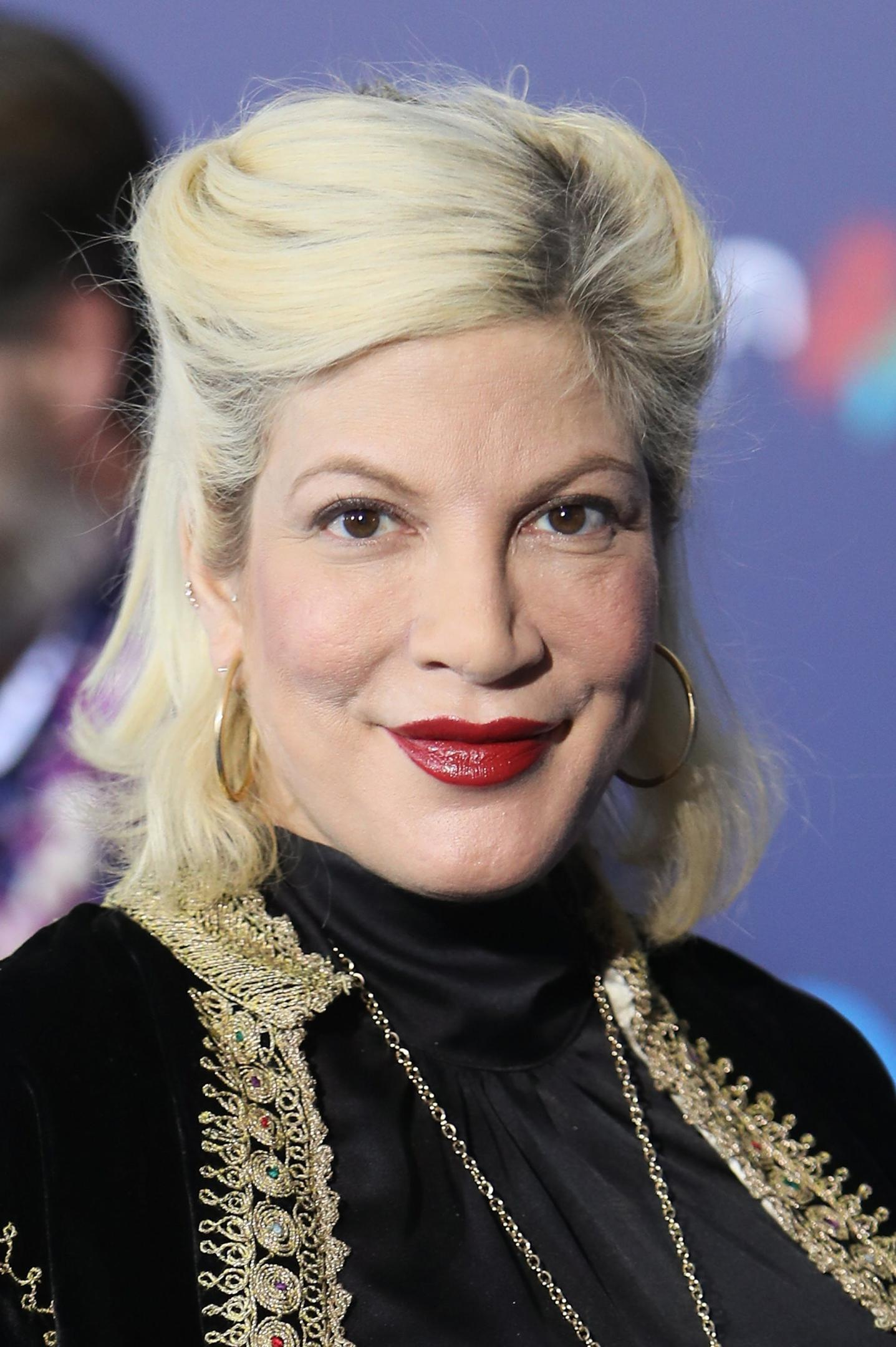 Tori Spelling Plastic Surgery Before After Pictures 1