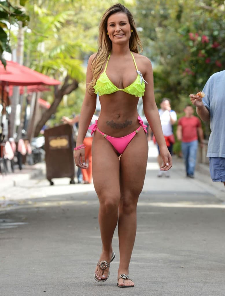 Andressa Urach Before Plastic Surgery 1