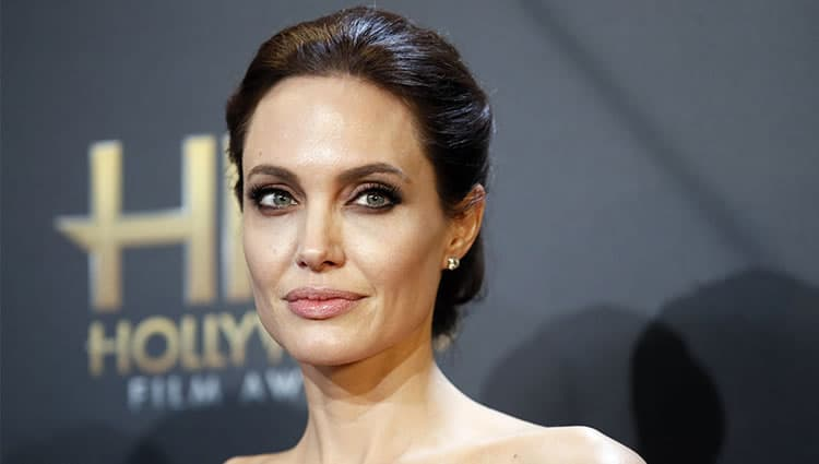Angelina Before And After Plastic Surgery photo - 1