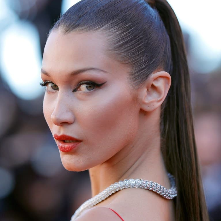 Bella Hadid Before And After Plastic Surgery Pictures photo - 1