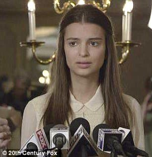 Emily Ratajkowski Plastic Surgery Before After photo - 1