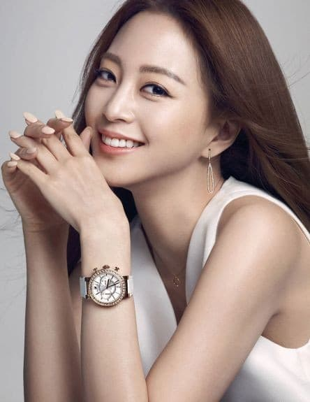 Han Ye Seul Plastic Surgery Before photo - 1