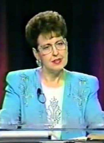 Joyce Meyer Before After Plastic Surgery photo - 1