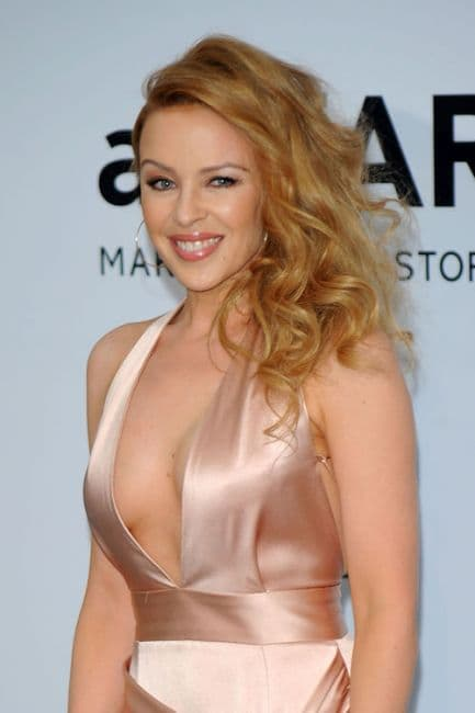 Kylie Minogue Before After Plastic Surgery photo - 1