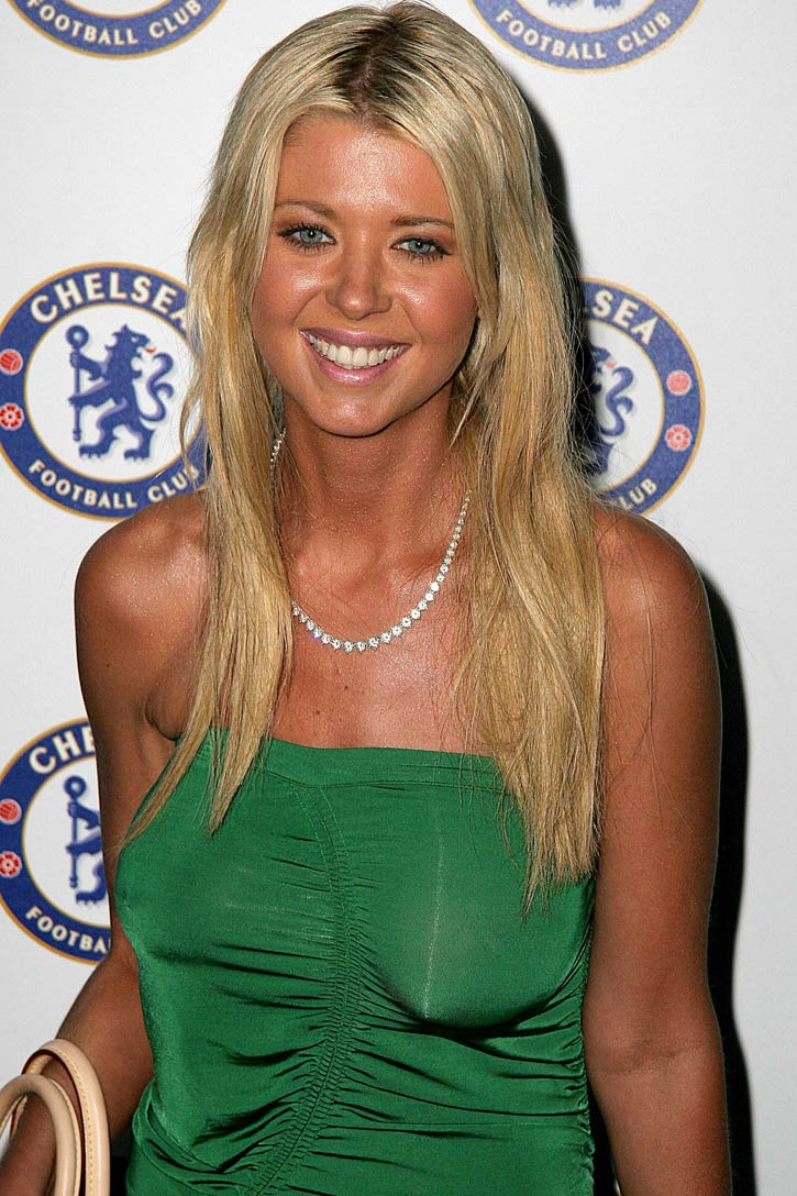Tara Reid Before And After Plastic Surgery photo - 1