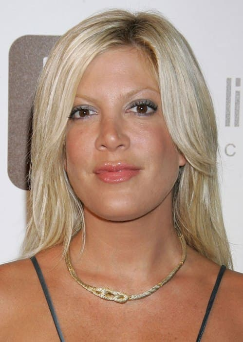 What Tori Spelling Looked Like Before Plastic Surgery photo - 1