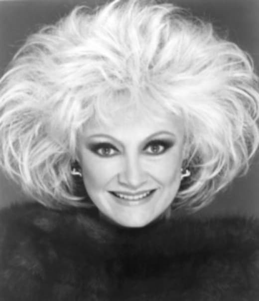 Phyllis Diller Before Plastic Surgery 1