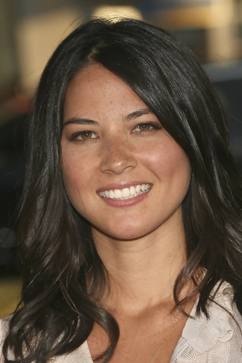 Olivia Munn Before And After Plastic Surgery 1