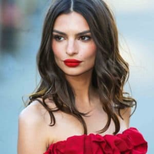 Emily Ratajkowski Plastic Surgery - photo