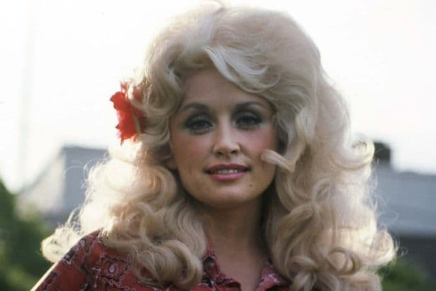 Dolly Parton Plastic Surgery Before photo - 1